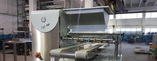 SECOND HAND BISCUITS DEPOSITOR: FUNNY with wire cut and rotary systems for medium productions. Contact us for any further information!
